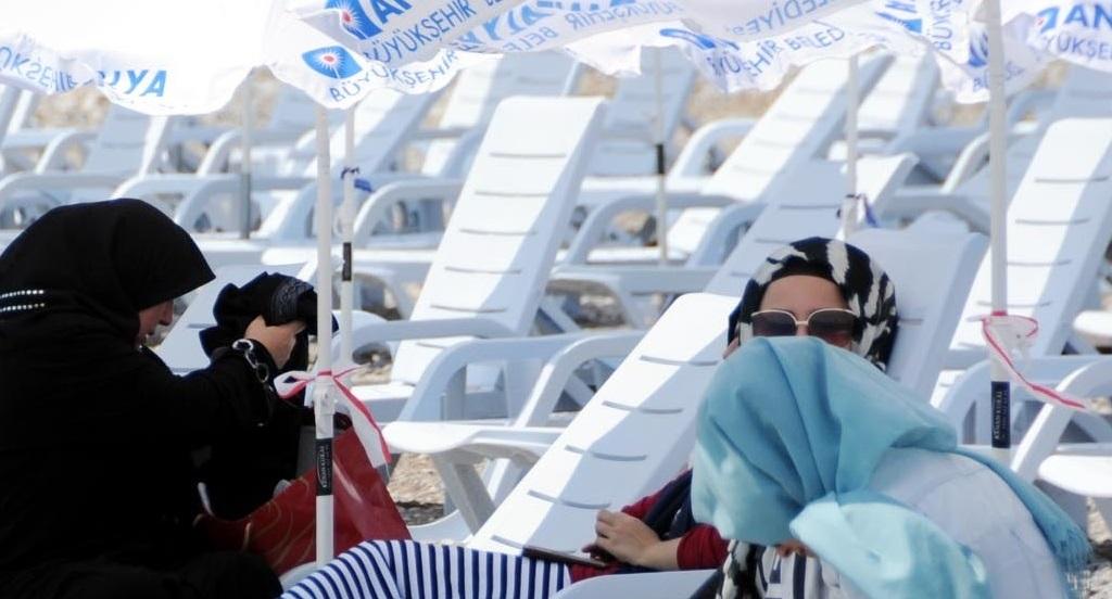 Antalya'da SİT alanına kadınlar plajı!