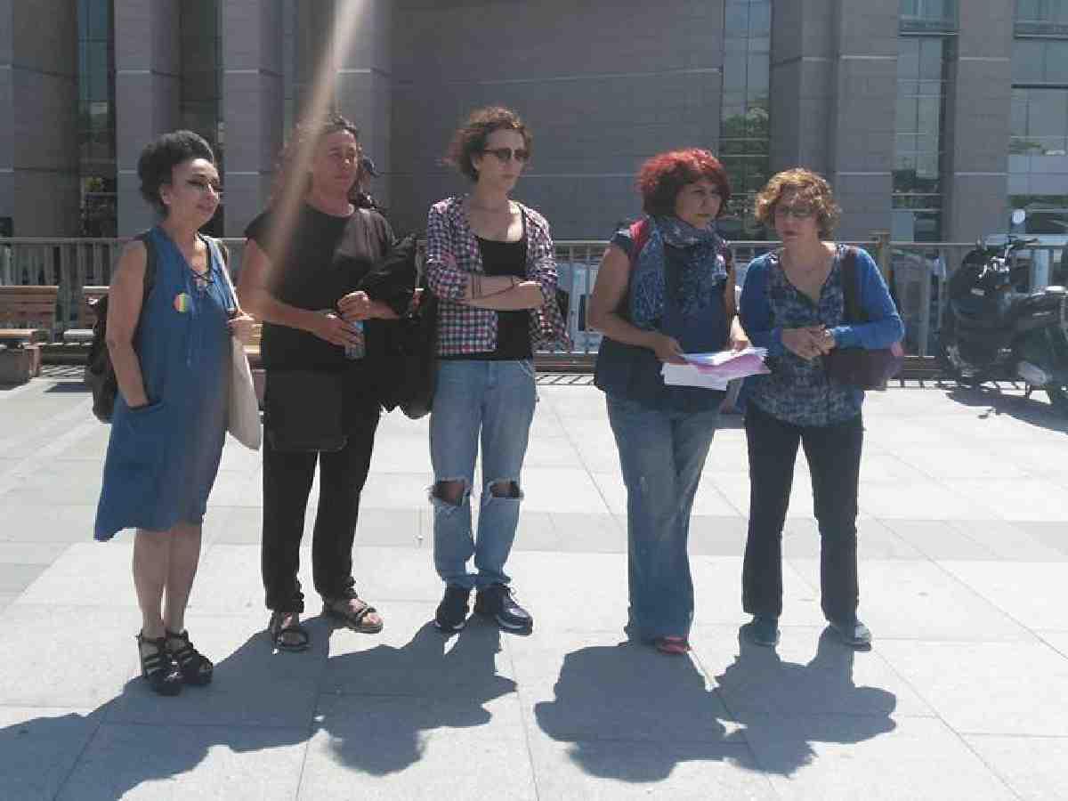 İHD ve İstanbul LGBTİ'den suç duyurusu