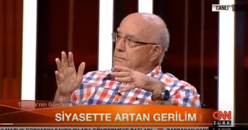CNN Türk canlı yayını kesti, konuk Turgut Kazan tepki gösterdi
