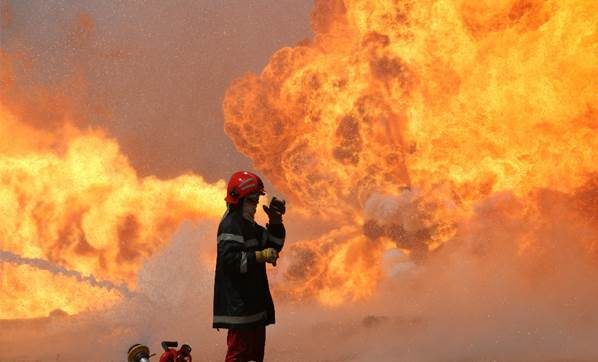 Antalya'da oteller bölgesinde korkutan yangın