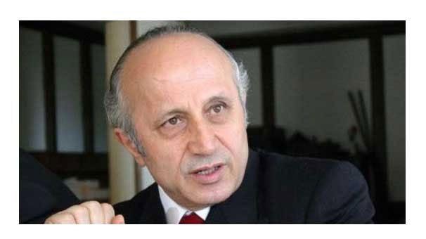 Yaşar Nuri Öztürk hayatını kaybetti