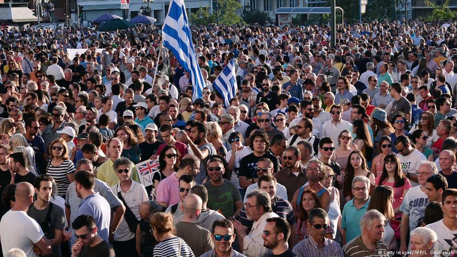 Yunanistan'da eylemler büyüyor