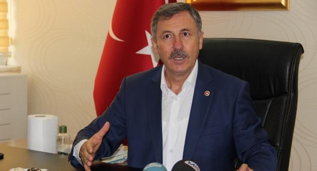 AKP'li vekil Özdağ: Menderes'in makatına cop soktular, Erdoğan'a da aynısını yapacaklardı
