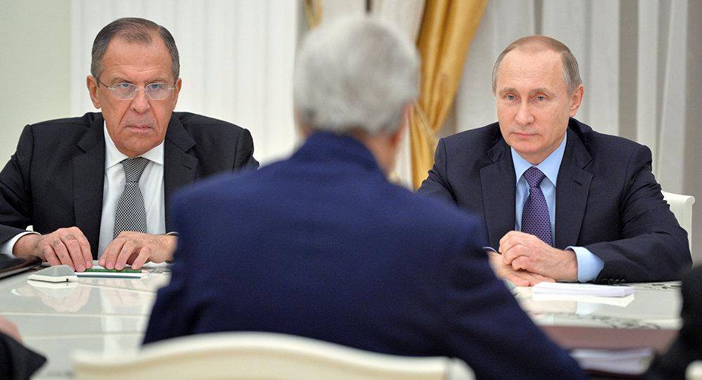 Rusya'dan 'Nükleer silah anlaşmasından çekileceğiz' diyen Trump'a yanıt