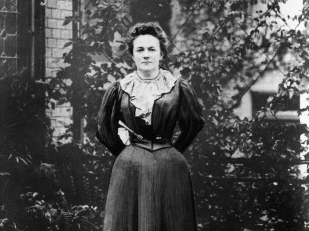 """""""Yaşamın olduğu her yerde savaşmak istiyorum..."""" İyi ki doğdun Clara Zetkin"""