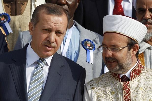 Erdoğan'dan 'Hainler Mezarlığı'na 'ayetli hadisli' destek