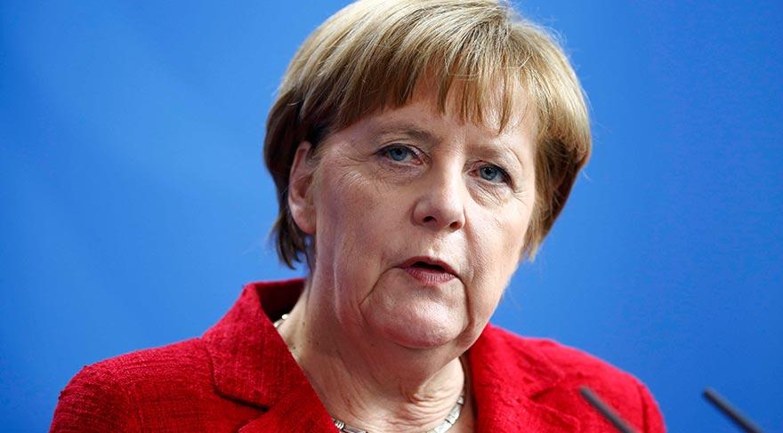 Merkel'den Türkiye ve
