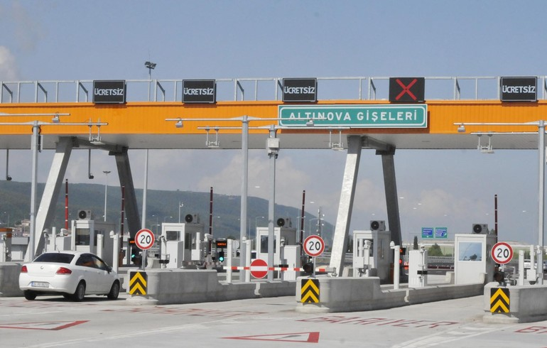 Osman Gazi Köprüsü'nde 'kaçak geçiş' soygunu: 1000 lira ceza!
