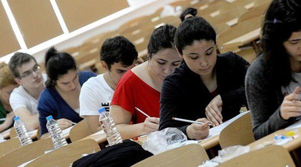 Üniversite sınavlarında ortalamalar çakıldı