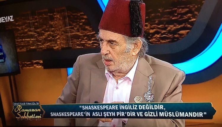 VİDEO | AKP'nin 'tarihçi'si yine üfürdü: Shakespeare aslen Şeyh Pir'dir ve gizli müslümandır