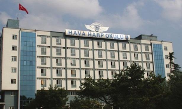 'FETÖ' davasında Harp Okulu öğrencisi 70 sanığa müebbet