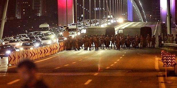 Köprüdeki askerler o geceyi anlattı