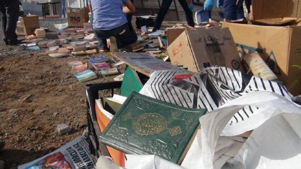 Gülen'in kitapları dere yatağına atıldı