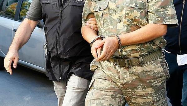 İstanbul'da gözaltına alınanların sayısı ve rütbesi belli oldu