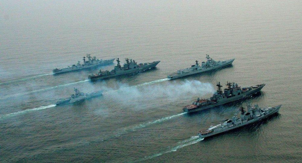 Rusya'nın Karadeniz ve Hazar filoları yüksek teyakkuz durumuna geçti