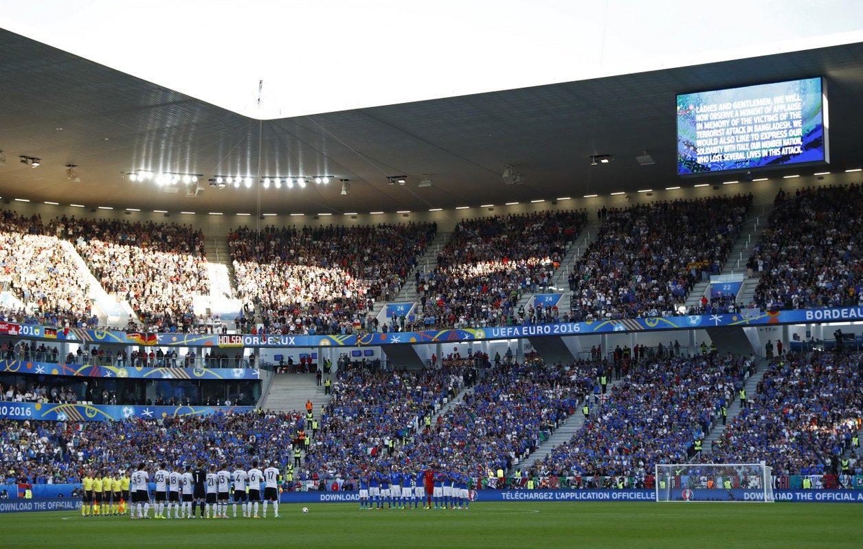 VİDEO | Almanya-İtalya maçı öncesi İstanbul için saygı duruşu
