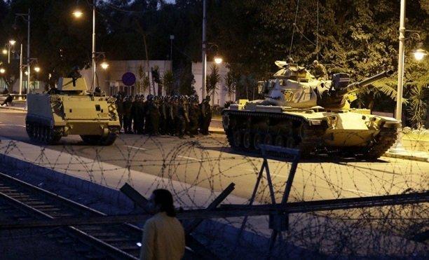 Darbede 'dış güç' arayışları sürüyor: AKP'ye göre arkasında BAE ve Mısır var