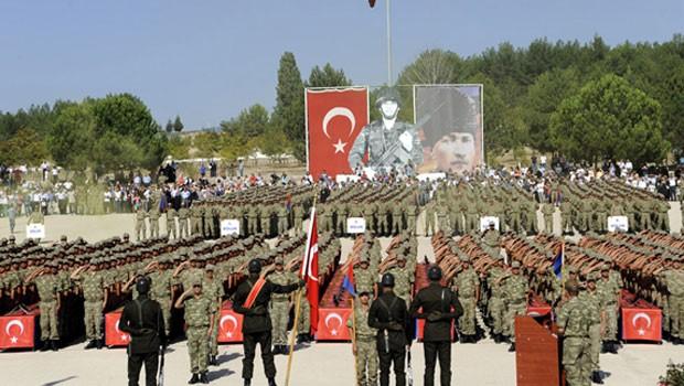 AKP'nin yeni ordusuna model bulundu