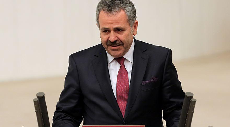 AKP'de 'Dişli' krizi büyüyor: 'İstifa et' denildi, salonu terk etti