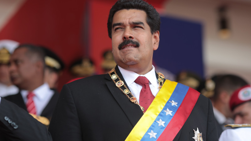 Amerikancı koalisyon Maduro'yu yıkmak için harekete geçti