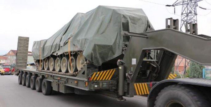 Kocaeli'den sınıra tank ve zırhlı araç sevkıyatı