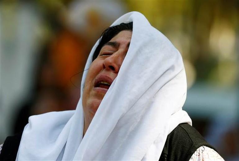 Gaziantep'te IŞİD katliamının kurbanları toprağa verildi