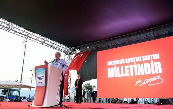 Kılıçdaroğlu, İzmir'de Cumhuriyet ve Demokrasi Mitingi'nde konuştu