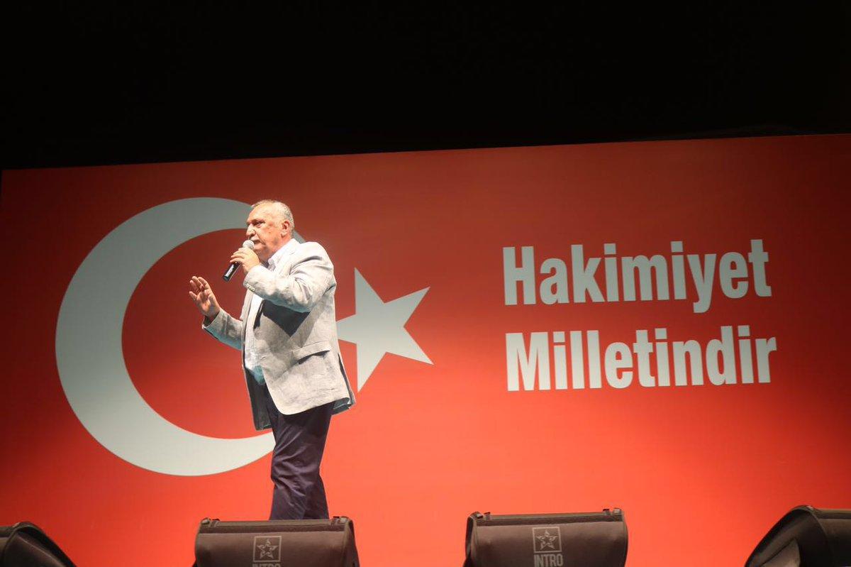 Mehmet Ağar da 'demokrasi nöbetçi'si oldu