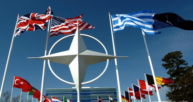 NATO karargahında görevli amiral ABD'den sığınma talep etti