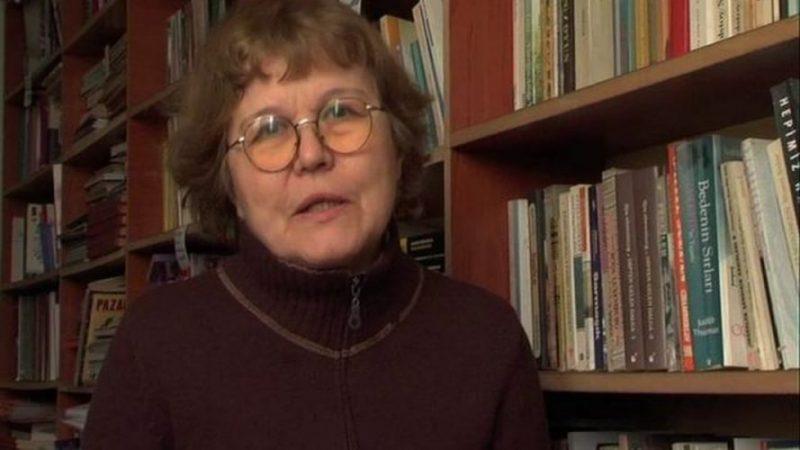 Dilbilimci Necmiye Alpay'a tutuklama