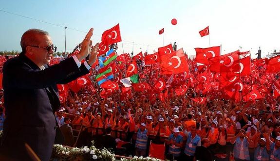 'Yenikapı fotoğrafından demokrasi çıkmaz; Bu bir aldatmacadır!'