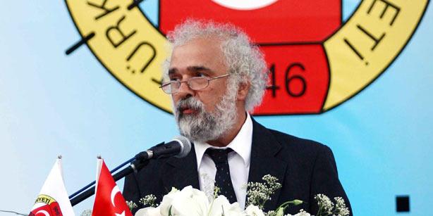 Yazar Ragıp Zarakolu'nun evine polis baskını