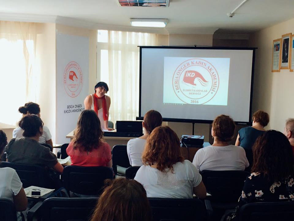 RÖPORTAJ |Eğitmenleri Beria Onger Kadın Akademisi'ni değerlendirdi