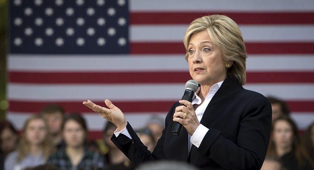 Clinton, Kaddafi'nin katledilmesini savundu: