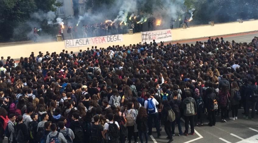 Kadıköy Anadolu ve Avni Akyol Güzel Sanatlar Lisesi öğrencileri: Proje okullarına karşı ortak ses çıkmalı!