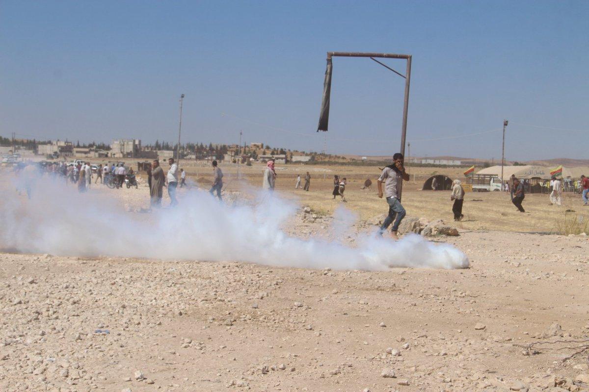 Sınırda Kobanililere saldırı: 1 kişi yaşamını yitirdi, çok sayıda yaralı var