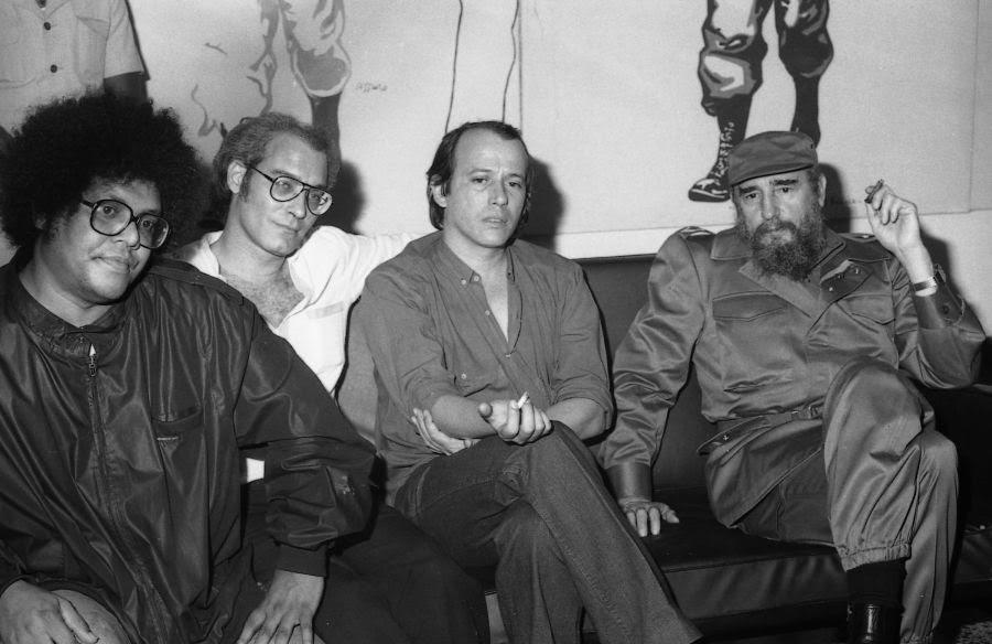 Küba'lı şarkıcı Silvio Rodriguez: ABD ambargosu halkımın canını yakıyor