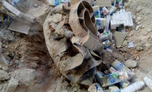 Suriye'de çeliği eriten bomba ilaç kutularını eritememiş!