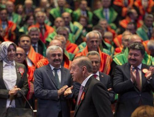 Adli Yıl açılışındaki görüntüleri unutturacak iddia: FETÖ soruşturmalarını