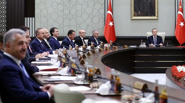 Kabinede yer verilmeyen bakanlar Meclis'te 'başkan' yapıldı
