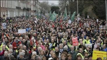 İrlanda'da referandum:'Dine küfretme' yasası kaldırıldı