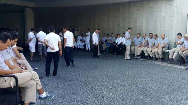 Antalya Mardan Palace'da grev: 4 aydır ücret alamayan işçiler eyleme başladı