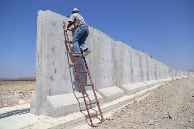 Sınıra duvar inşası tam gaz