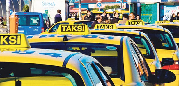 İstanbul'da taksilere 'renk' ayarı geliyor