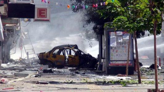 VİDEO | Van'daki bombalı saldırının MOBESE görüntüleri
