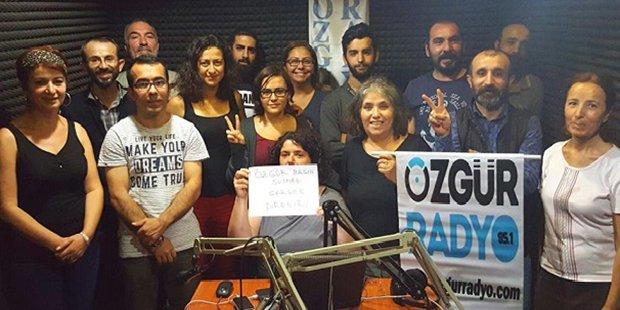 Gözaltına alınan Özgür Radyo çalışanları serbest bırakıldı