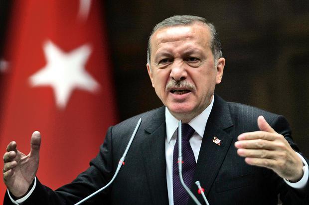 Erdoğan: ABD bayrağının YPG paçavraları ile birlikte dalgalanması bizi üzmüştür