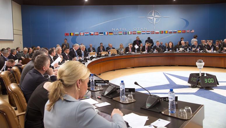 NATO Genel Sekreteri: Rusya tansiyonu yükseltiyor