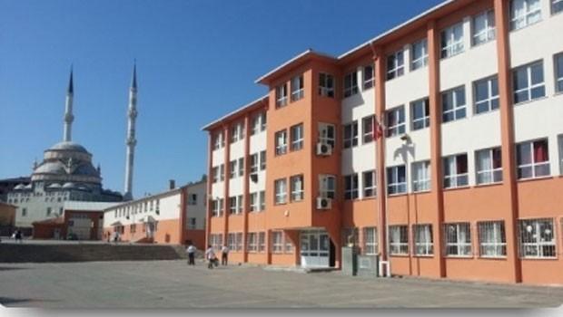 Ülkemizden 29 Ekim manzaraları: Ümraniye'de tüm okullara hatim indirme talimatı
