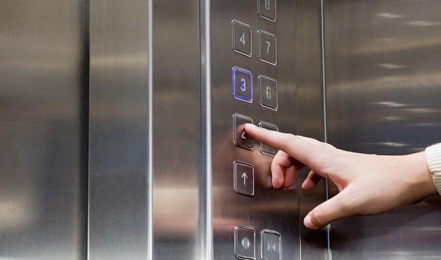 AKP'li Antalya Belediyesi: Engelli asansörlerini fuhuş yaparak bozuyorlar